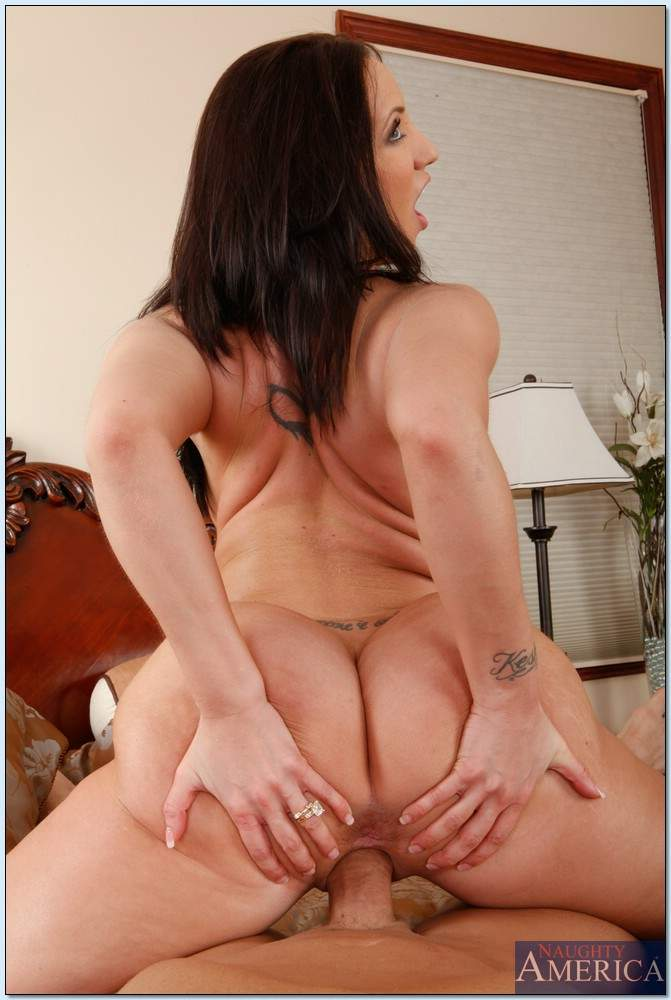 Kelly divine naughty america seems excellent