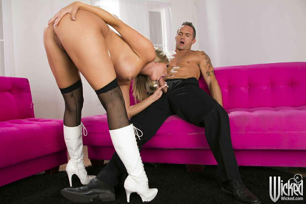 image Her pussy gets licked and fucked by her bf039s parents